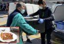 """Dall'alba ai fornelli per fare lasagne per gli infermieri che sfidano il Covid19:""""Un piccolo gesto per dirvi grazie"""""""