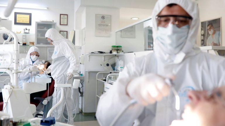 Coronavirus, al via negli Usa la sperimentazione di un vaccino sull'uomo