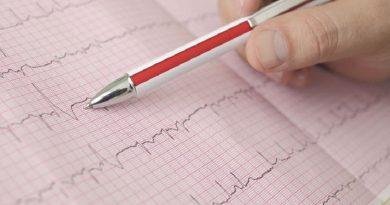 Fibrillazione atriale: rischi maggiori con l'aggiunta di un antiaggregante piastrinico all'anticoagulante orale.