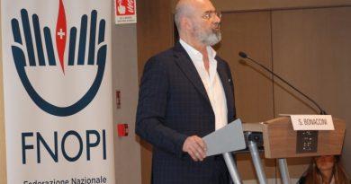 Coronavirus: l'Emilia Romagna riconosce 1000 euro a medici, infermieri e oss