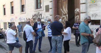 Asp Cosenza, la protesta degli oss: restituiti gli attestati di abilitazione