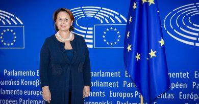 """Pubblicato il libro di Luisa Regimenti """"L'Europa alla prova del Coronavirus. Una sfida o un'occasione mancata?""""Con prefazione di Matteo Salvini 3"""