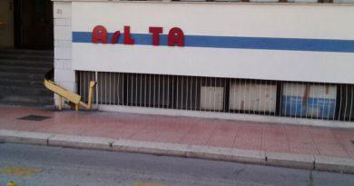 Taranto: grande partecipazione al sit in di protesta indetto da FP CGIL, CISL FP, UIL FPL. 1