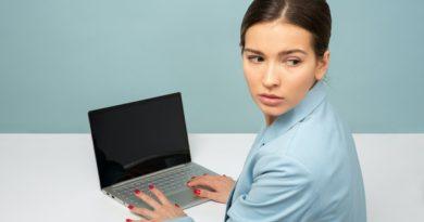 L'87% degli Italiani ricorre a internet come strumento di autodiagnosi. Il 20% ammette di avere lasciato una condizione di salute senza diagnosi per un tempo