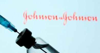 Vaccini, M5S: auspichiamo anche J&J presto in commercio. Con sospensione temporanea brevetti aumento produzione