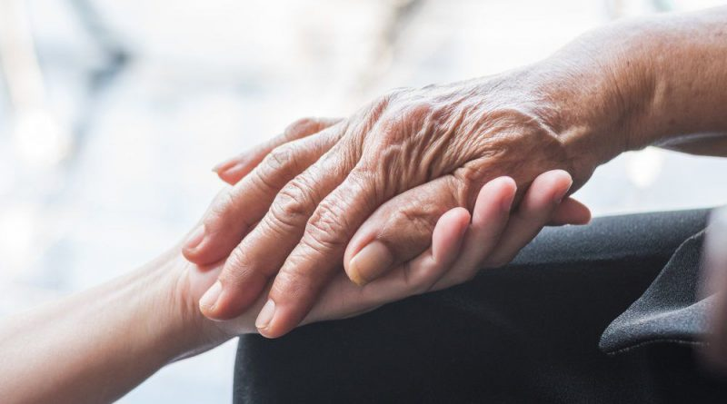Welfare, M5S: completare riforma centri impiego e trovare risorse per legge Caregiver