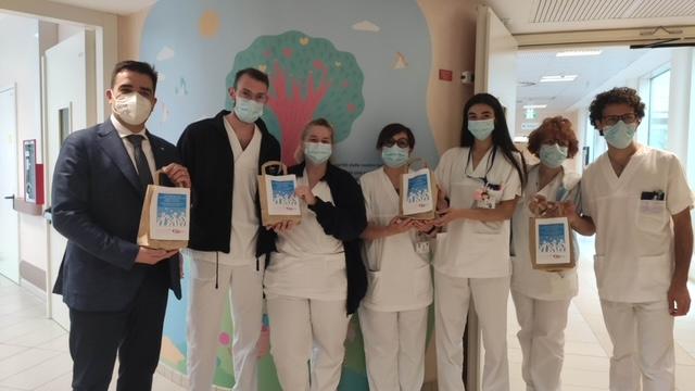 """I Care, """"Mi stai a cuore"""": ascolto, cura e assistenza psicologica per medici e infermieri"""