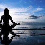 Giornata Internazionale dello Yoga: 5 star che non possono farne a meno