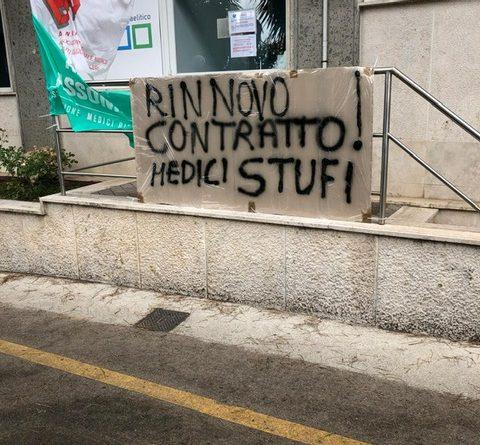 """""""Anche in pandemia, trattati come Medici di Serie B"""" 1"""